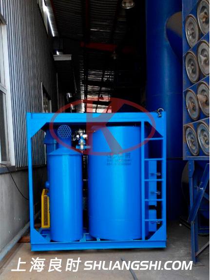 上海良时为某船厂钢结构喷砂房提供一台真空吸砂机